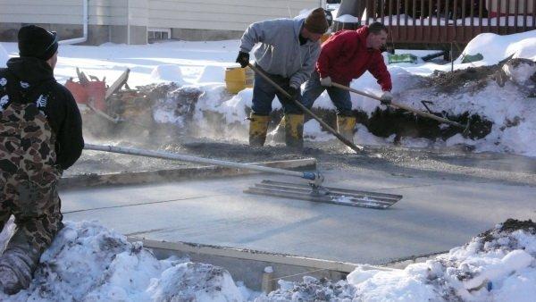 Антиморозная добавка BASF для бетонирования в зимний период