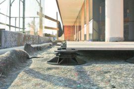 Укладка плитки на опоры MegaMart